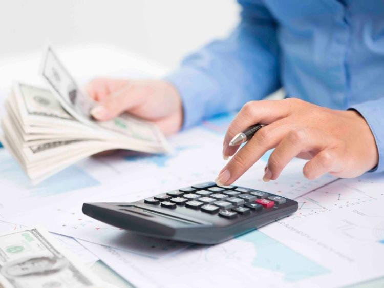 Elaborar un flujo de caja te permite determinar cuándo es necesario un financiamiento para poder continuar con las operaciones de la empresa.
